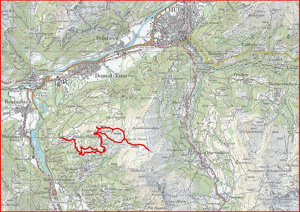 Winterwanderung über dei Feldiser Hochebene (Bild: Swisstopo / Schweizmobil / Freizeitfreunde.org)