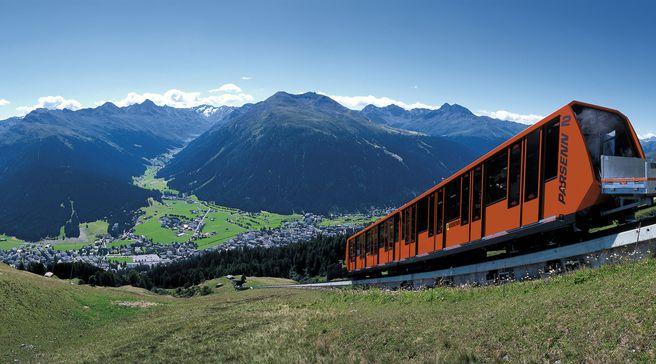 Einbruch bei der Parsennbahn (Sommerfoto: Davos-Klosters)